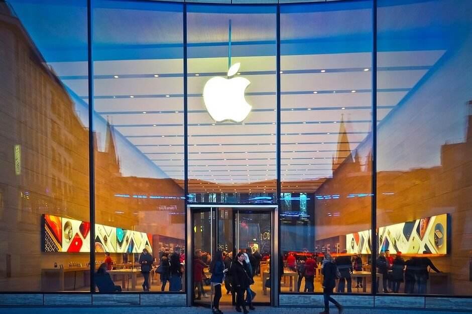 苹果关闭中国区外所有零售店